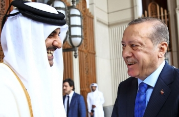 A helping hand for economic crisis: Qatar to invest $15 billion in Turkey