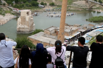 Turkish hydroelectric dam will leave hundreds homeless, ancient town of Hasankeyf underwater